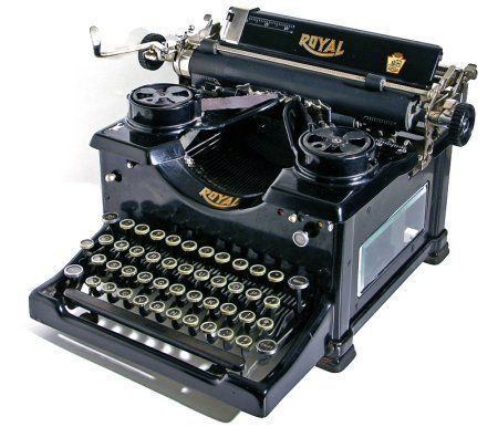 Vintage Royal Quiet Deluxe Portable Typewriter With Case 1953 Royal Typewriter Typewriter Vintage Typewriters