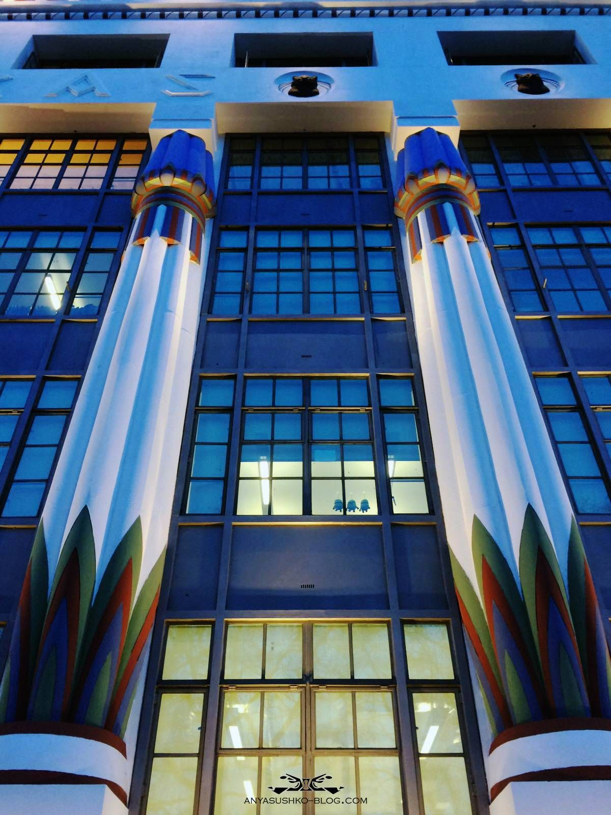 Egyptian inspired modern day style - Greater House London Egyptian Style Columns Art Deco