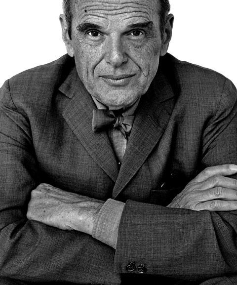 Portrait de Charles Eames Découvrez nos reproductions de meubles Charles Eames sur notre site : http://meublesetdesign.com