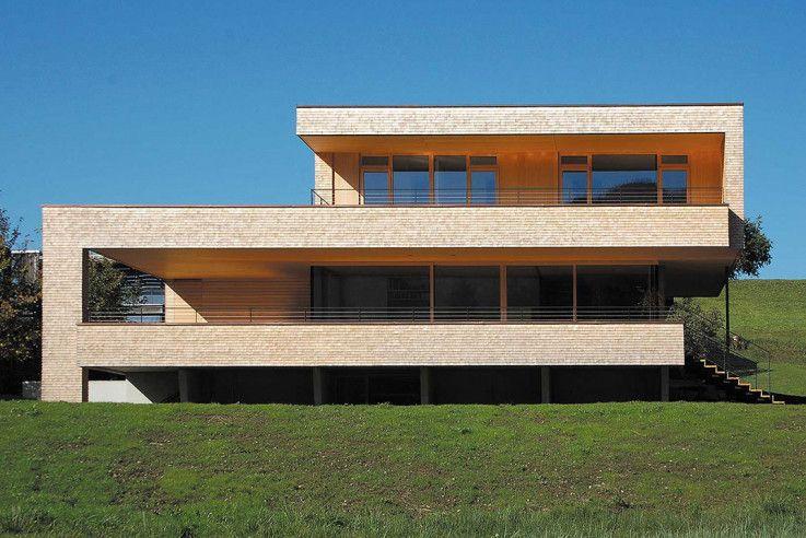 umweltbewusstes haus architektenh user architektur. Black Bedroom Furniture Sets. Home Design Ideas