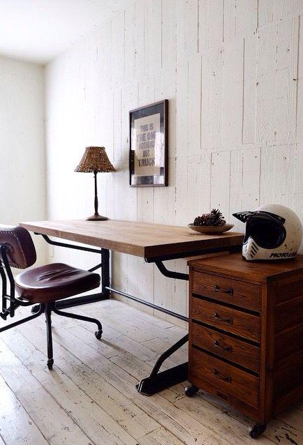 Clutch Desk Jesse Side Drawers