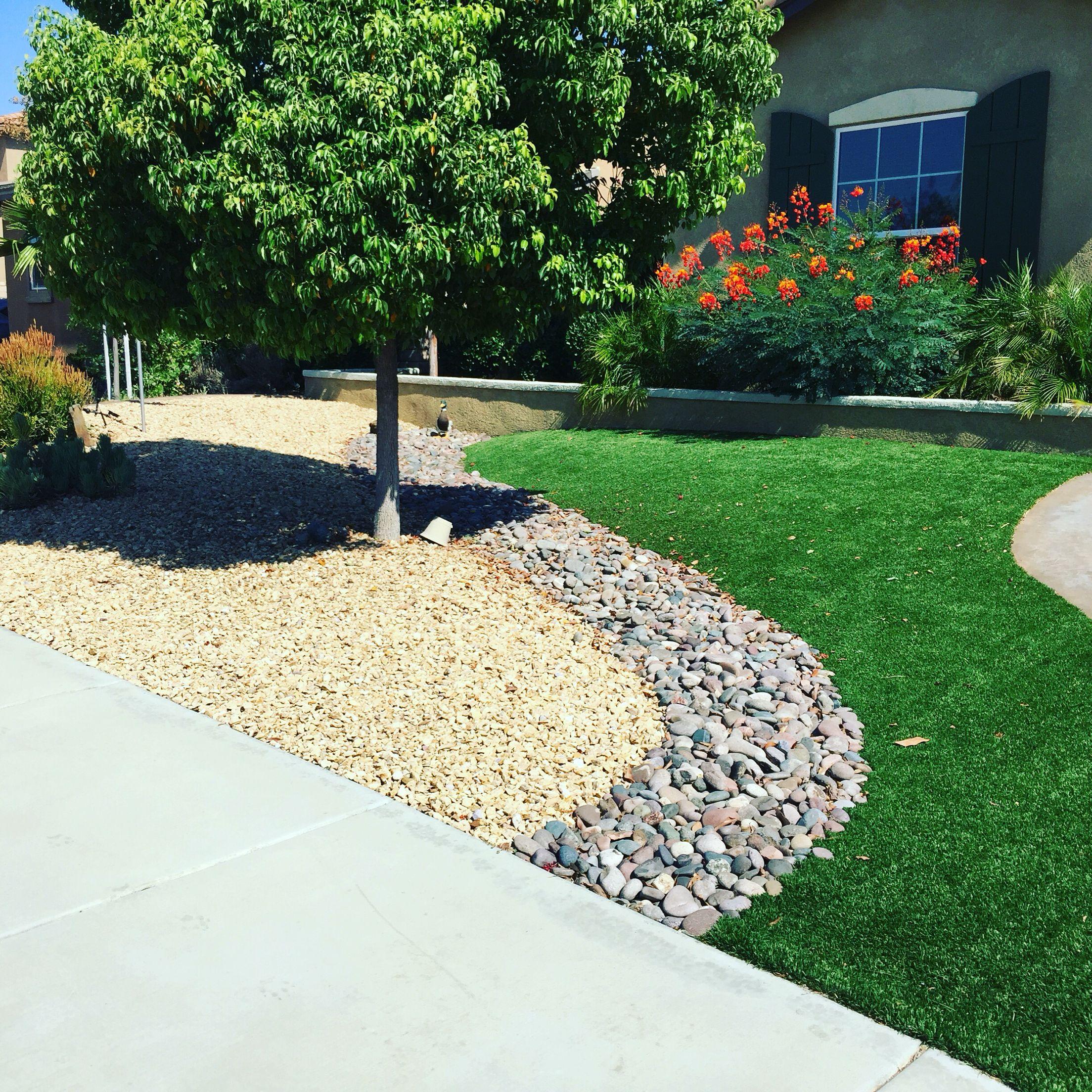 artificial turf rock design small