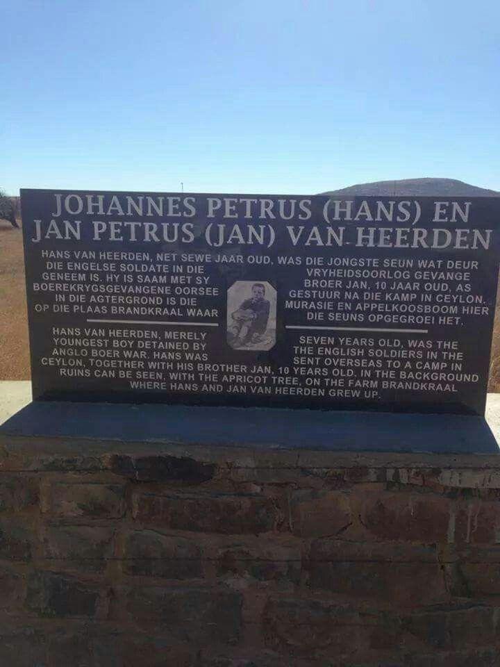 Pin on Suid-Afrika: ABO e.a. - Grafte, monumente en geboue