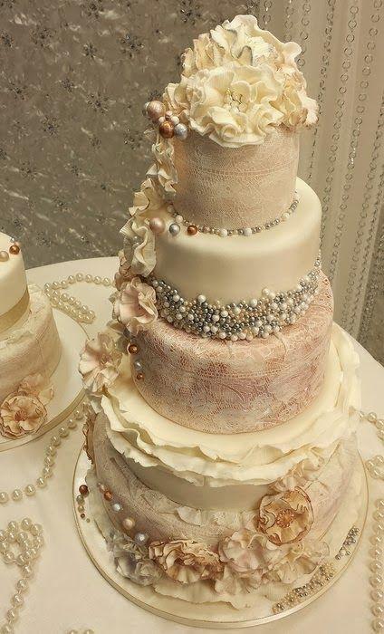 Pin By Kate Seaton On Wedding Cakes Wedding Cakes Vintage Gorgeous Cakes Wedding Cakes