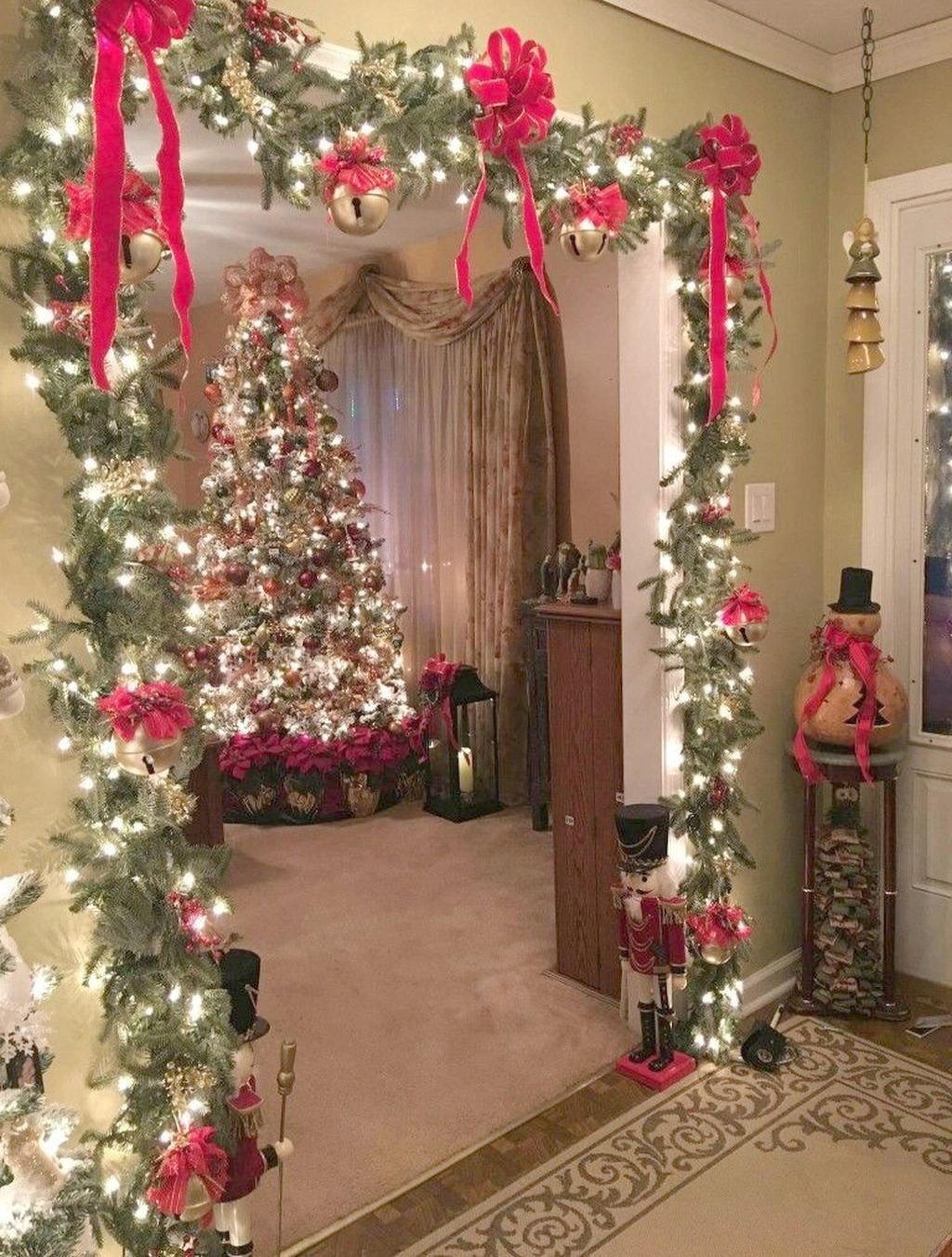 Camp Christmas Tree Jobs In Christmas Decorating Ideas Outdoor Planters Pictures Christm Diy Christmas Decorations Easy Christmas Apartment Easy Christmas Diy