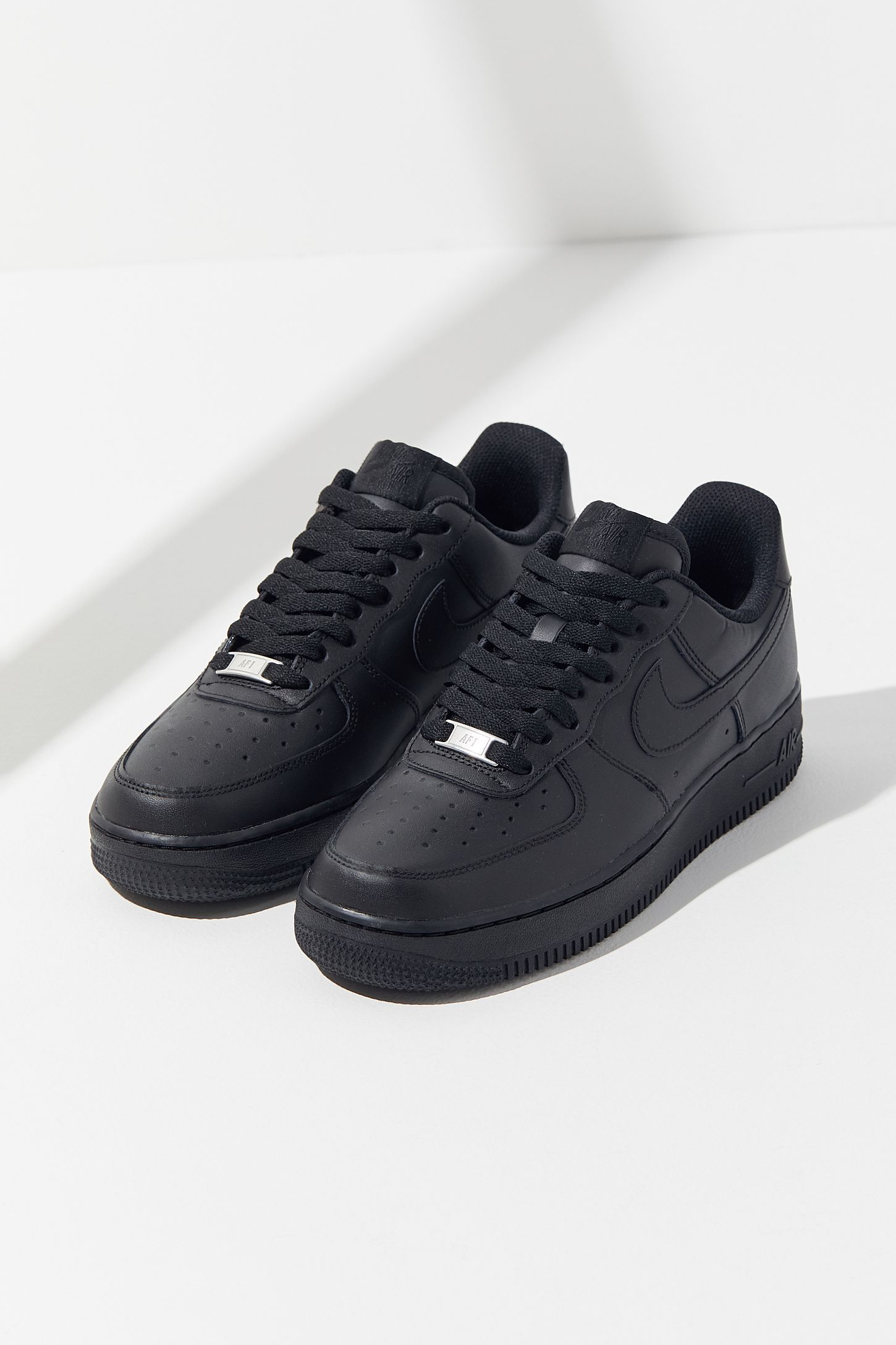 R Respetuoso Desviación  Slide View: 2: Nike Air Force 1 '07 Sneaker | Nike air force black, Black nike  shoes, Nike shoes air force