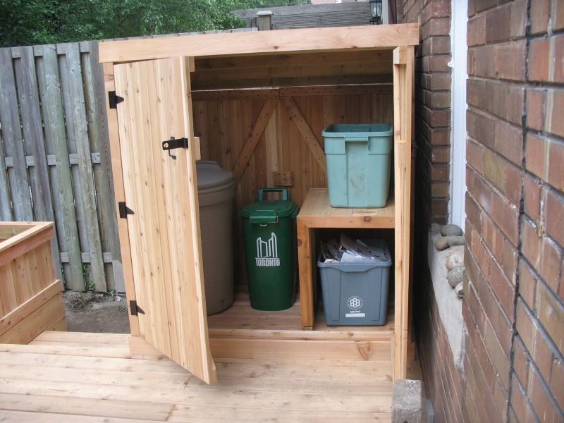 garbage sheds hobby outdoor trash cans garbage shed garbage can storage. Black Bedroom Furniture Sets. Home Design Ideas