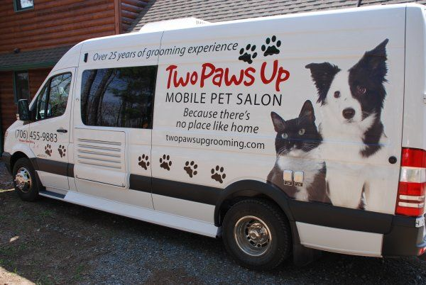 Welcome To Two Paws Up Mobile Pet Salon Dog Grooming Pet Grooming Business Mobile Pet Grooming