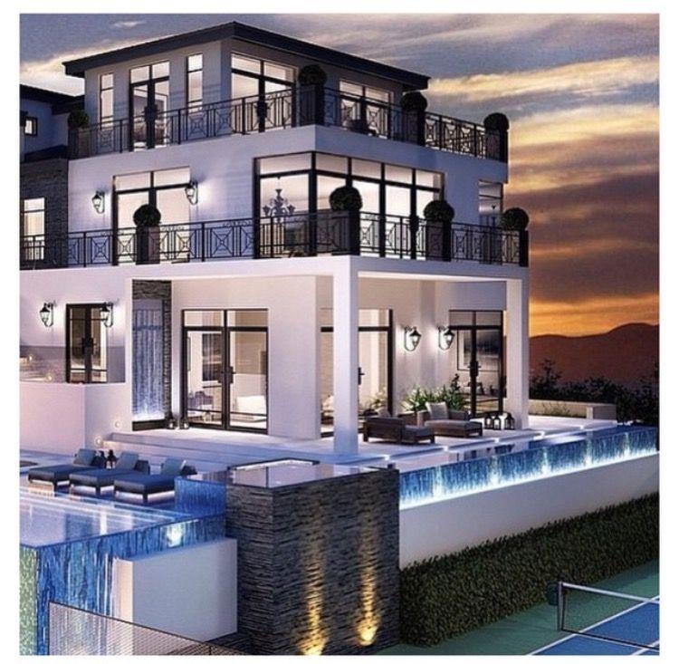 Modern Architecture , Luxury Bungalow