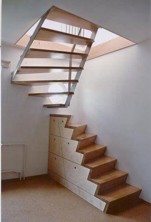 Den raum unter der treppe nutzen (quelle: www.mitsching moebel.de ...