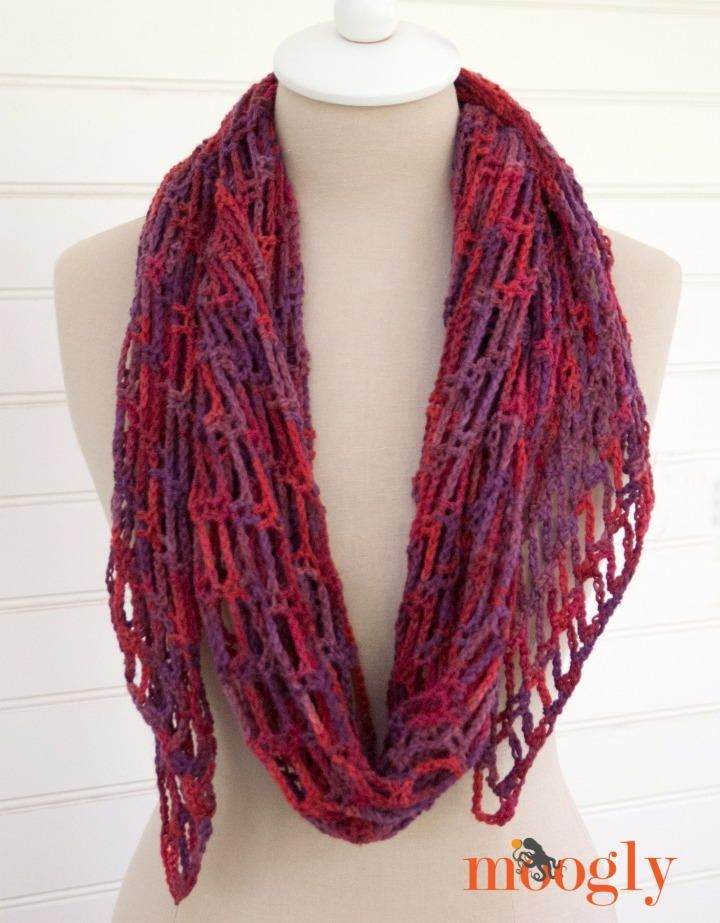 Artfully Simple Angled Crochet Scarf   Pinterest   Crochet scarfs ...
