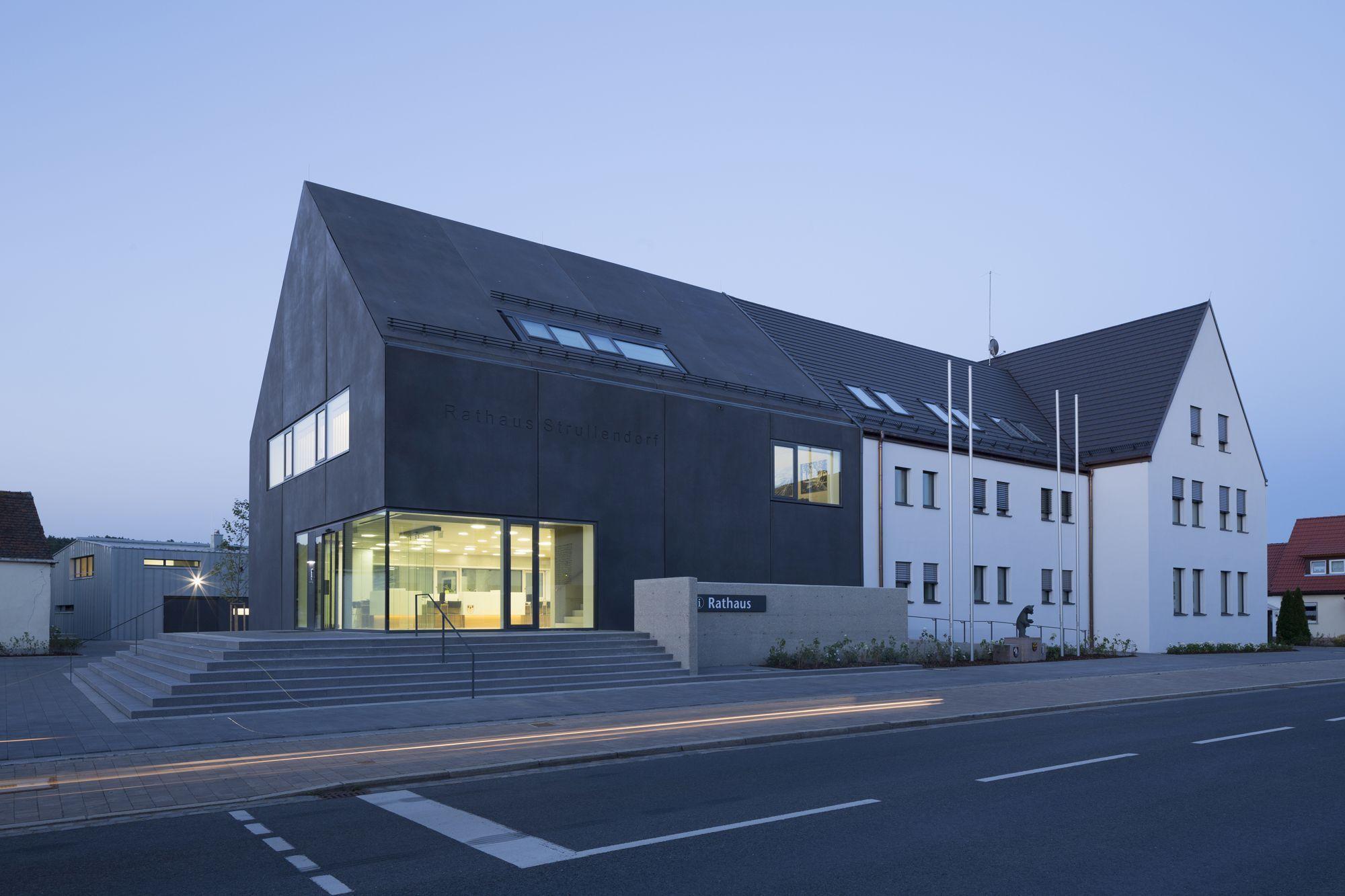 H2m Architekten bürgerzentrum strullendorf sanierung und erweiterung des rathauses