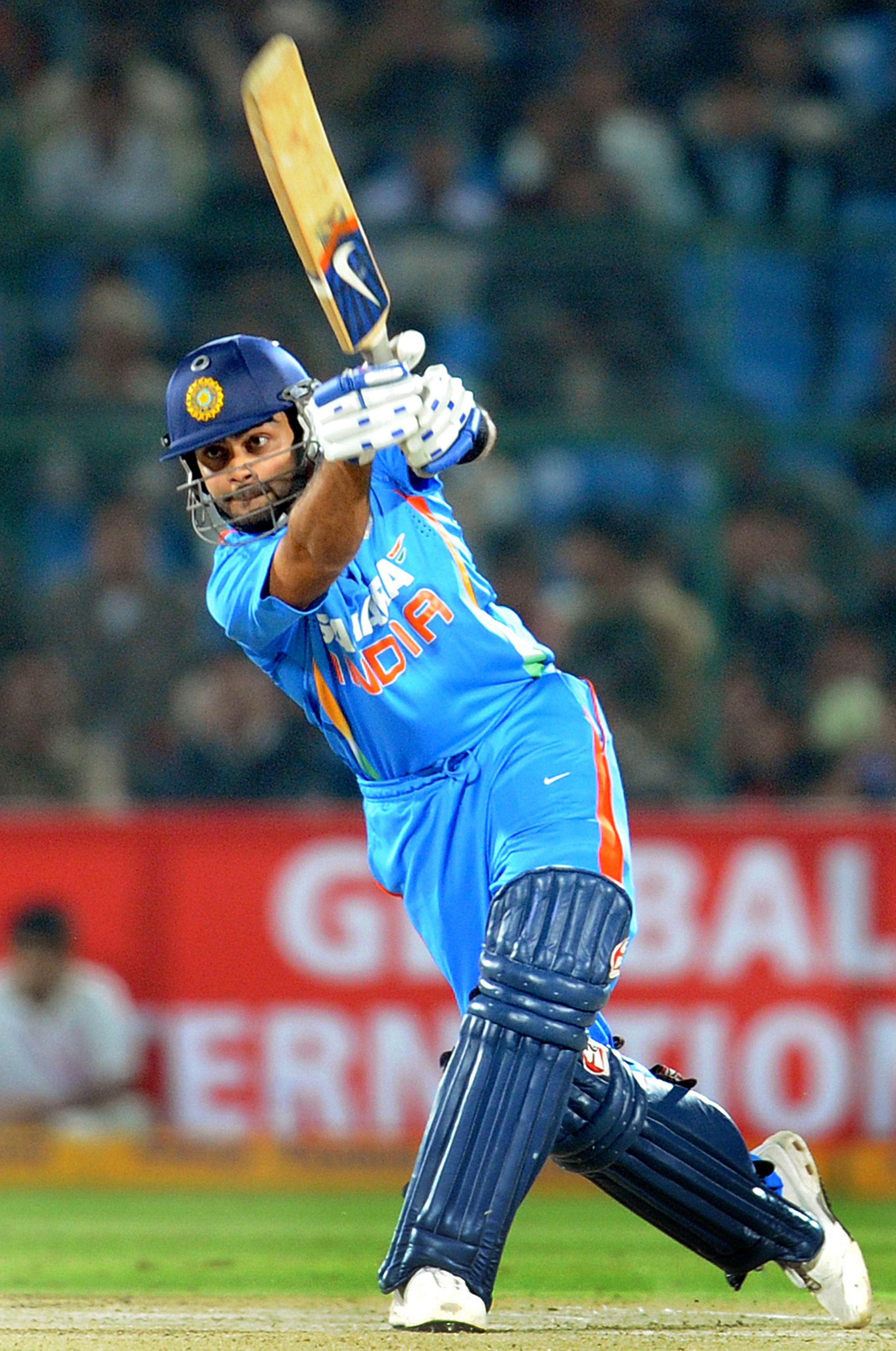 Virat Kohli Indian Cricketer Hd Wallpapers Soft Wallpapers Virat