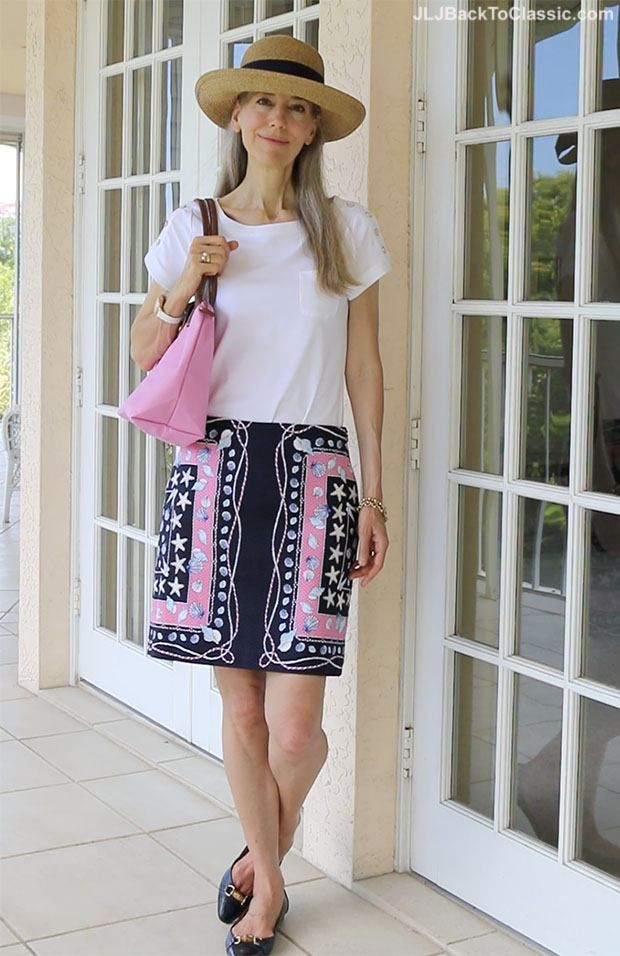 6b76f30ca8f 30 Best Summer Outfits for Women Above 50 – Style Tips