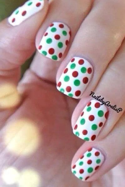 15 holiday nail art ideas from pinterest stylecaster - Pinterest Christmas Nails