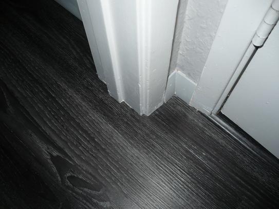 Allure Ultra 7 5 In X 47 6 In Aspen Oak Black Luxury Vinyl Plank