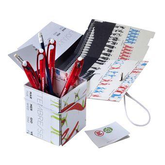 Portapenne - Idee regalo per sostenere Emergency. Caffè, gadget, idee regalo, libri e abbigliamento