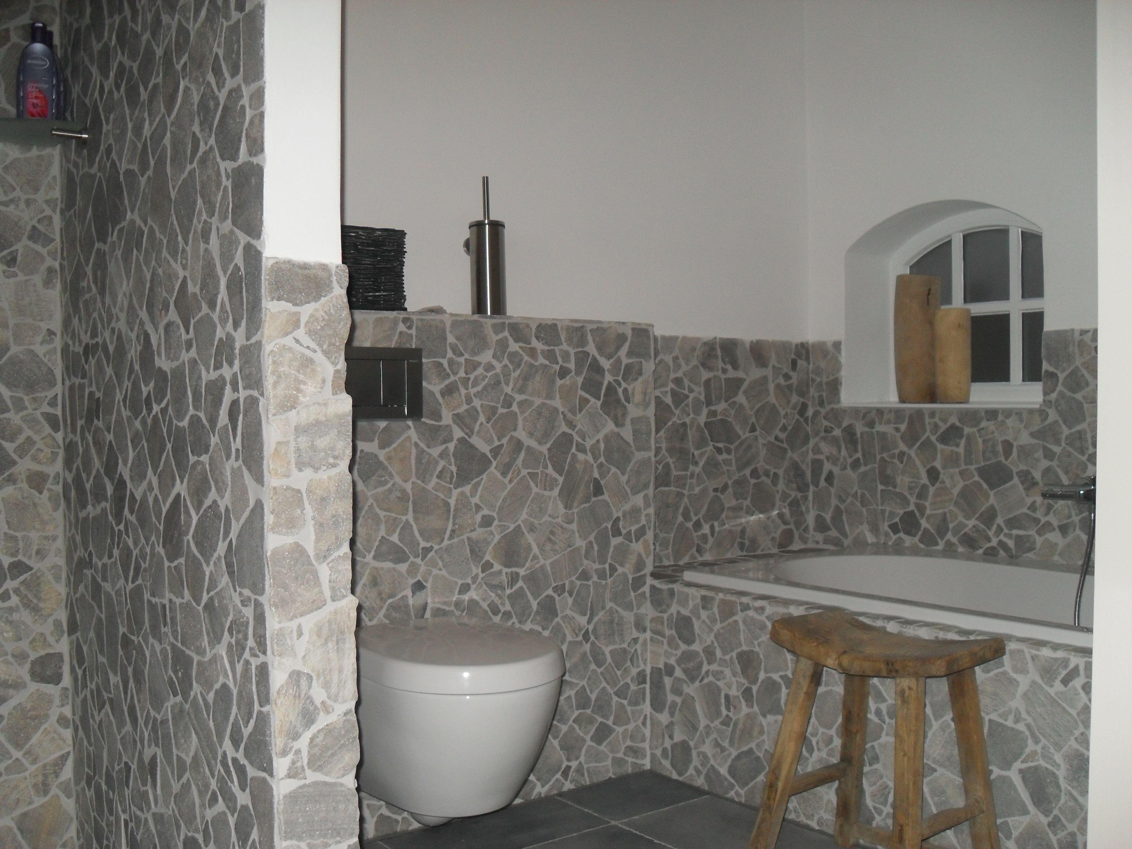 Badkamer in natuursteen mozaiek te markelo badkamers made by tegel bad pinterest tes and - Badkamer tegels mozaiek ...