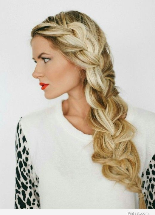 Blonde hairstyle and red lipstick