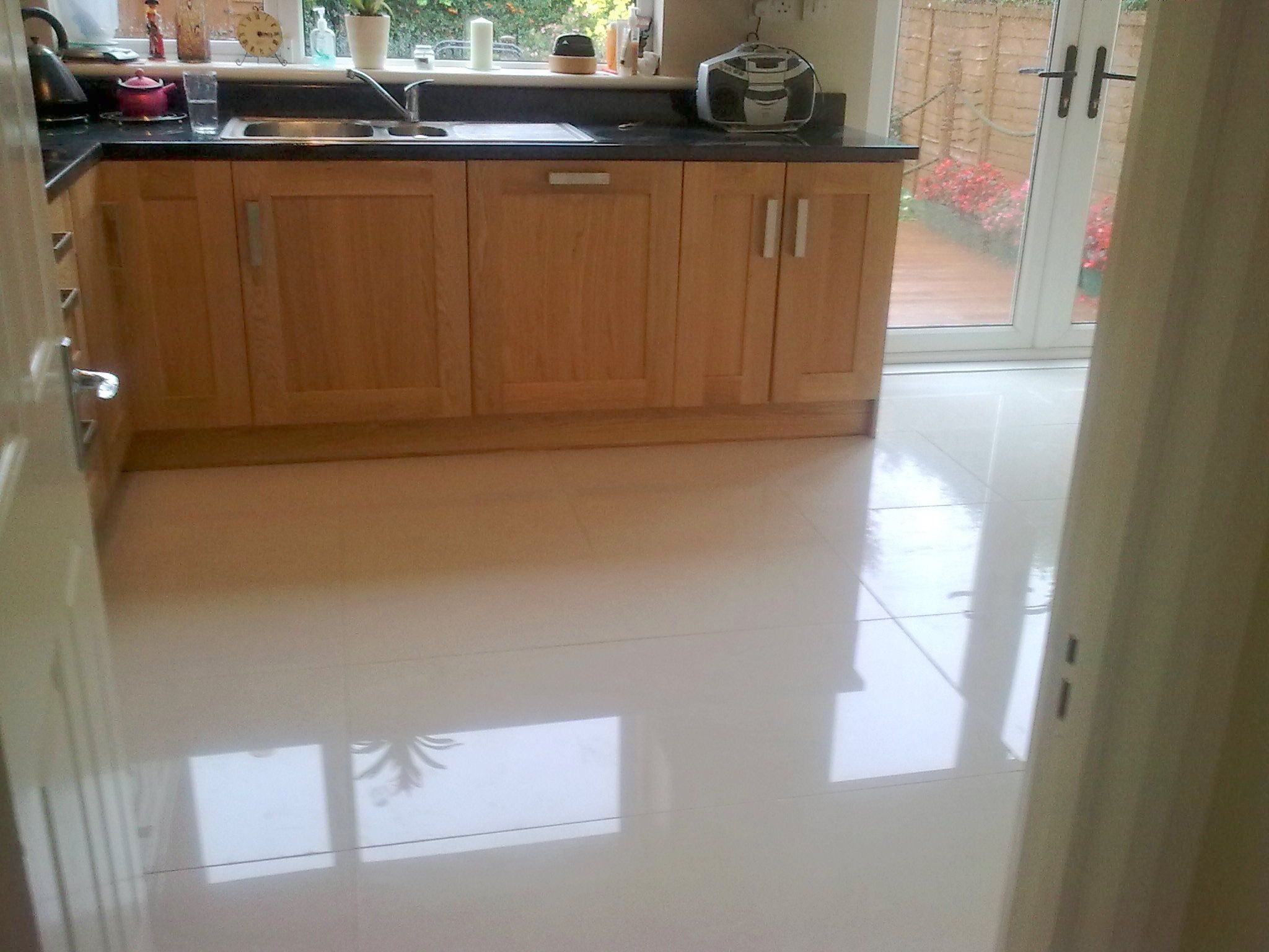 Cream Floor Tiles For Kitchen This Lovely Kitchen Features A Smart And Innovative Storage
