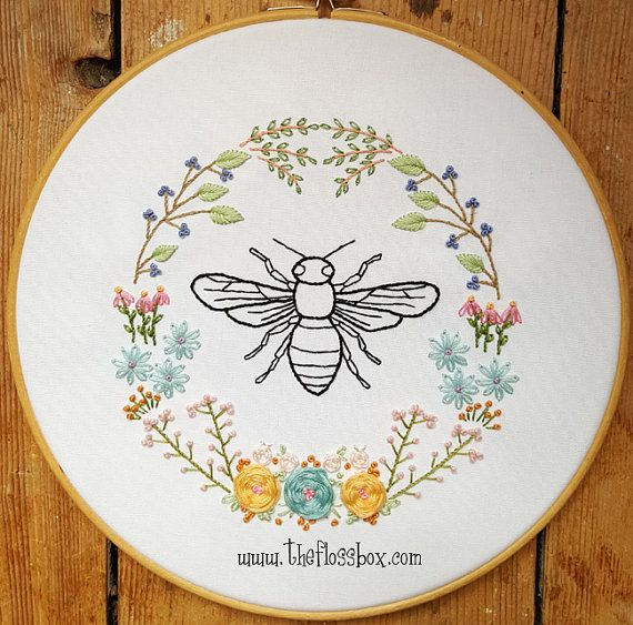 Bee Floral Embroidery Pattern | Bordado