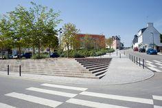 trapp som går ned i dekket Inzinac Town Centre by Urbicus 07 « Landscape Architecture Works | Landezine