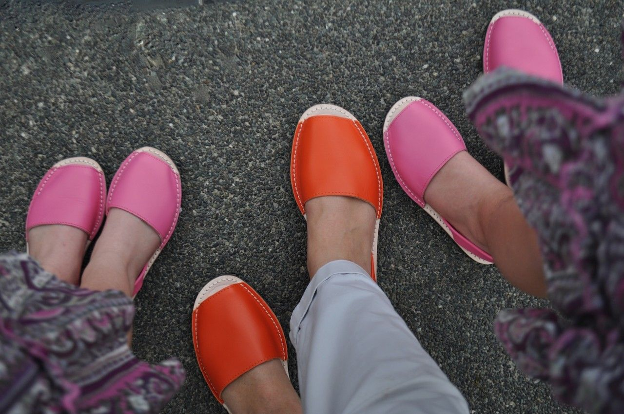 (http://www.notinthemalls.com/products/Kids-Classic-TANGERINE-Leather-Sandals-%2d-MADE-IN-SPAIN.html)