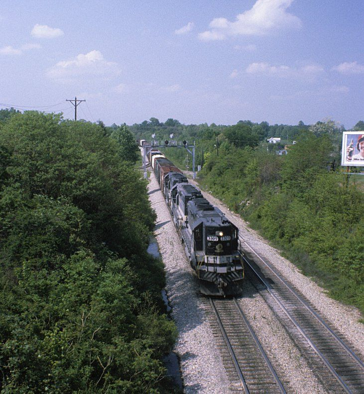 Southern Railway train 127 at Somerset, KY