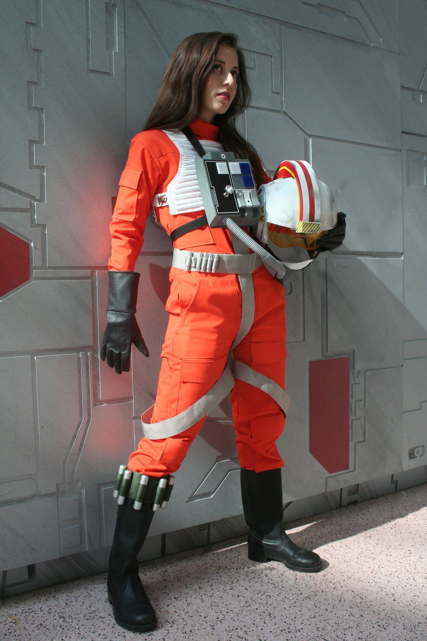 Make your own diy poe dameron costume using everyday materials jaina solo cosplay google search more solutioingenieria Gallery