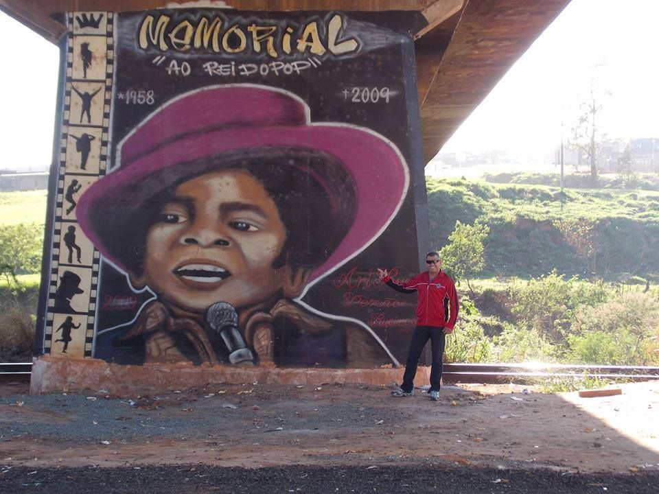 #MichaelJackson Street Art, Limeira, Brazil 2013 #MJAPWNN #DENoName
