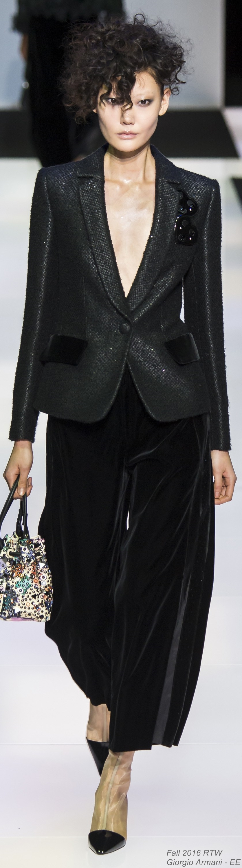 Fall 2016 Ready-to-Wear Giorgio Armani