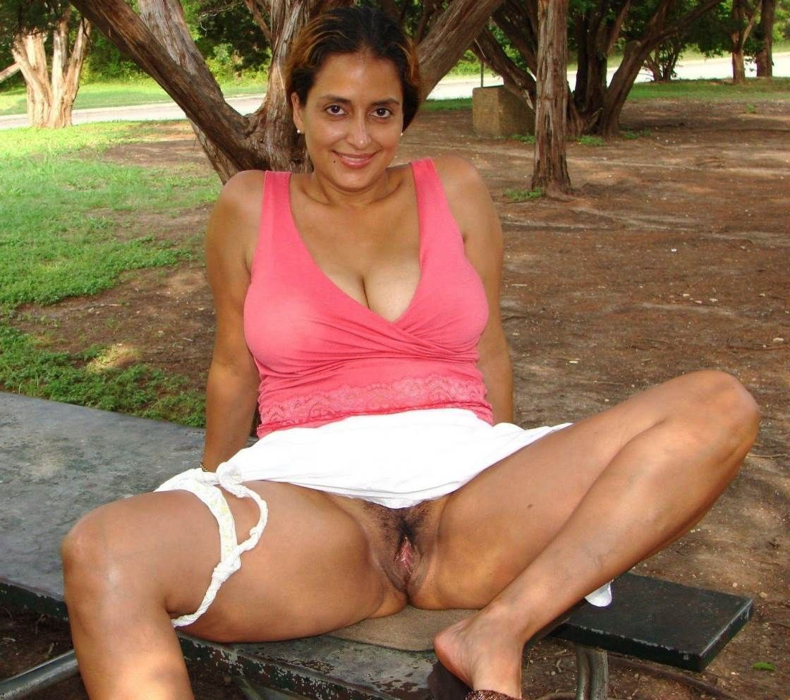 boy fucking a girl in the park