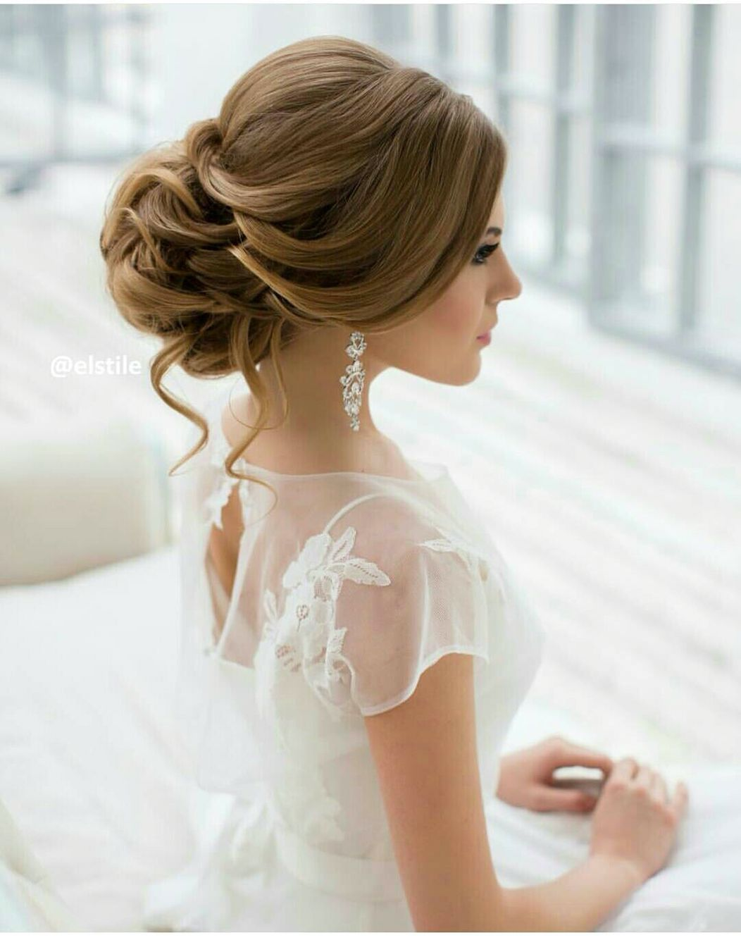 Pin by Kristýna Böhmová on Svatby | Pinterest | Hair wedding and ...