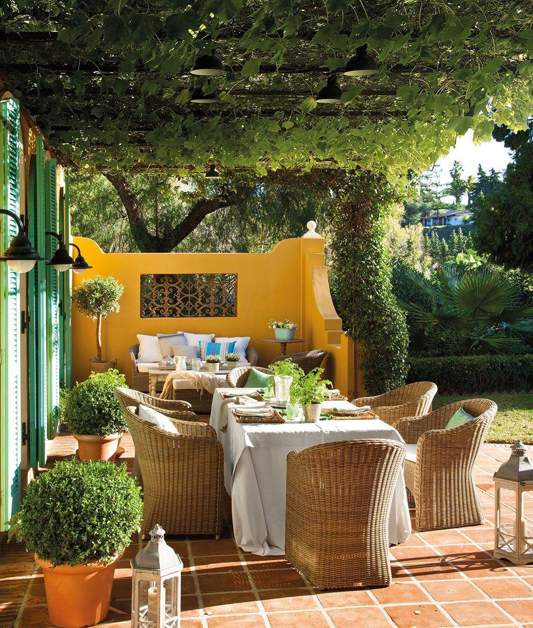 5 comedores al aire libre comedores p rgolas comedor for Jardineria al aire libre casa pendiente