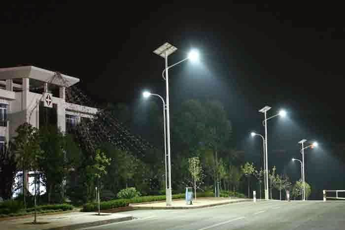Use Eco Friendly Solutions Solar Led Street Lights