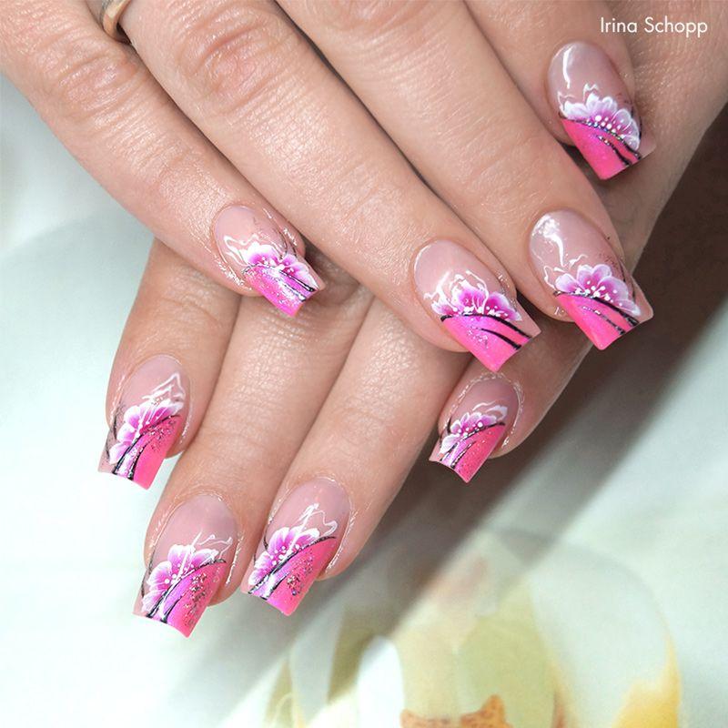trendsytle trend pink nude nails besonders edel und glamour s ist dieses traumhaft sch ne. Black Bedroom Furniture Sets. Home Design Ideas