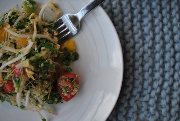 Can't wait to make this FOODIE FRIDAY: Tabbouleh with Quinoa.