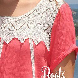 #RootsSouthernBoutique Coral + Lace Detail Top