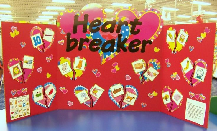 Board Bulletin Idea Happy Valentine | Valentine's Day bulletin board ideas! They cut CPT's Poppin' Patterns ...