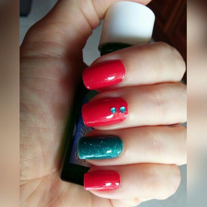 Rojo fresa y azul turquesa