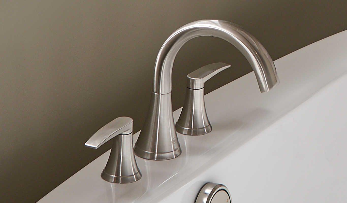 Lyndsay Roman Tub Faucet With Images Roman Tub Faucets Faucet