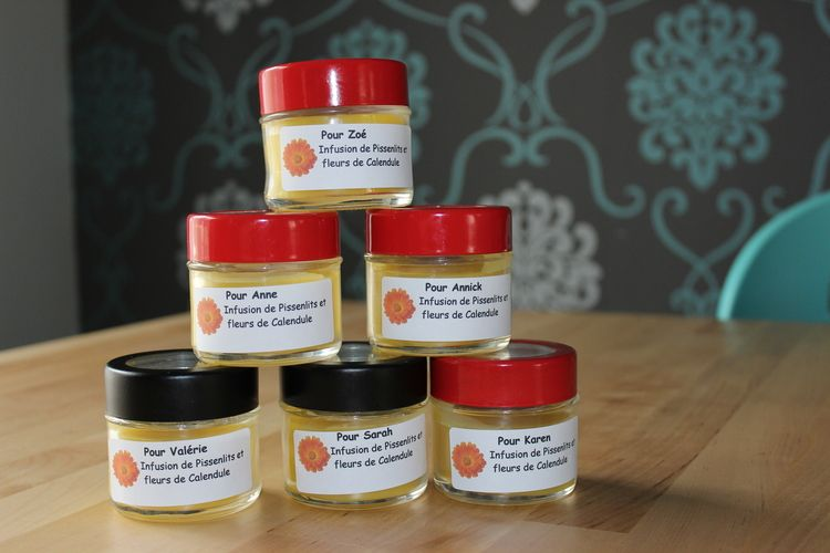 Blogue de Karen — Une idée génial pour les cadeaux de fin d'année pour les professeurs. Une crème faites maison avec vos enfants