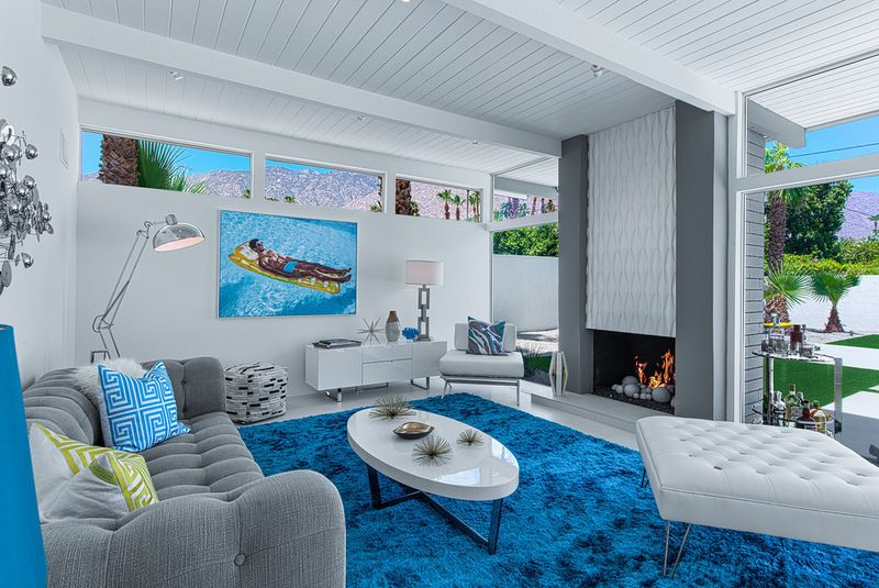 Midcentury living room by h3k design · palm springs