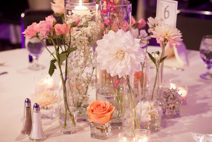 Most Stunning Round Table Centerpieces Round Table Centerpieces Round Wedding Tables Indoor Wedding Decorations