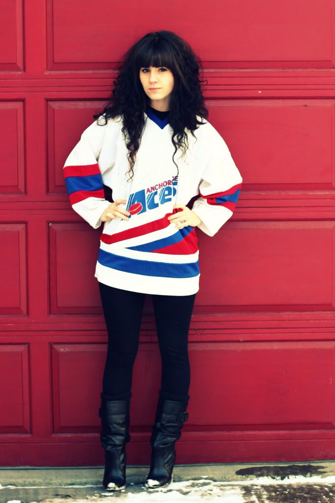 cute hockey jersey outfit