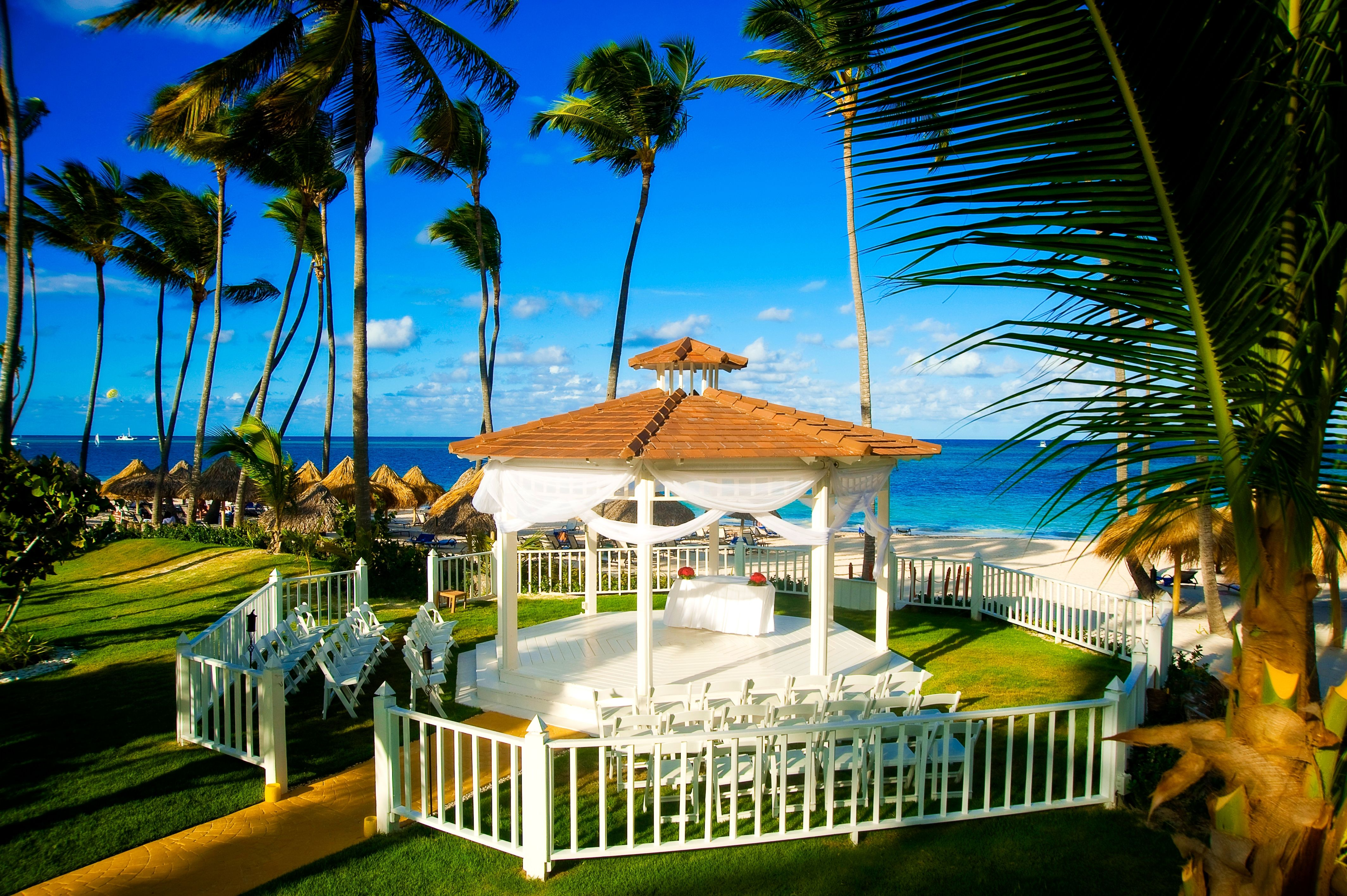 Meliá Caribe Tropical All Inclusive Beach Golf Resort Weddings Venues Packages In Punta Cana Dominican Republic