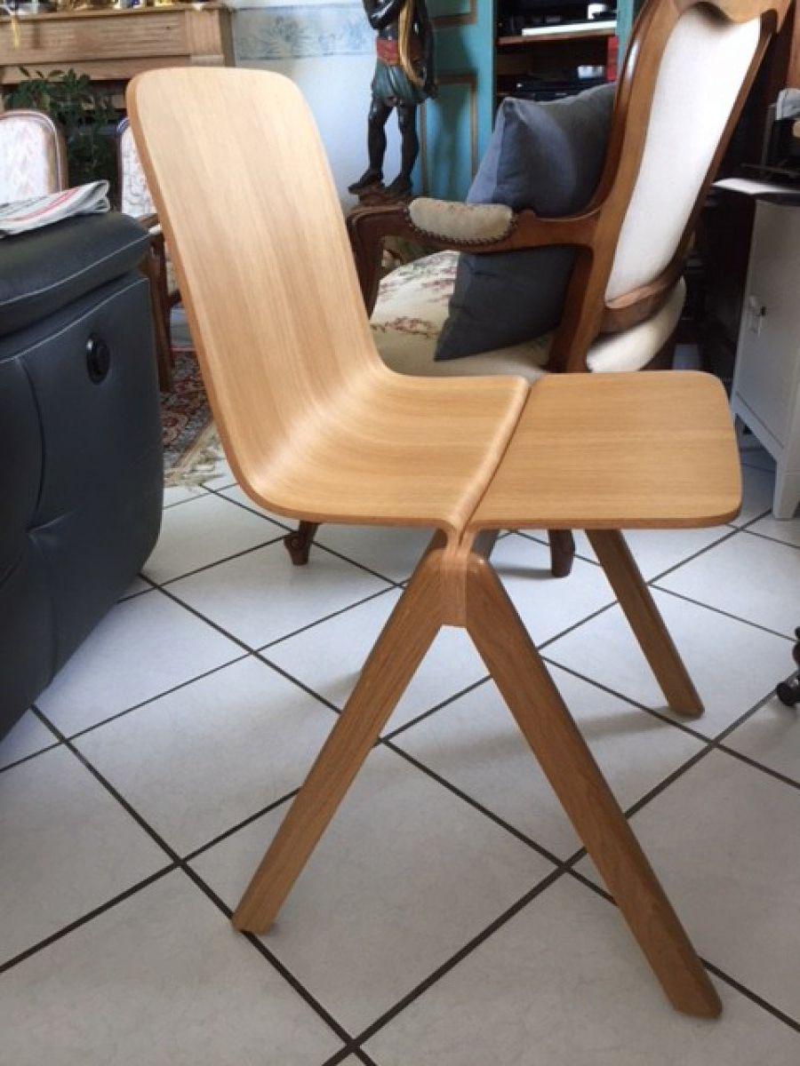 Achete Chaises Copenhague Bon Etat Couleur Chene Ou Anthracite Faire Offre Mobilier Design Mobilier Chaise Empilable
