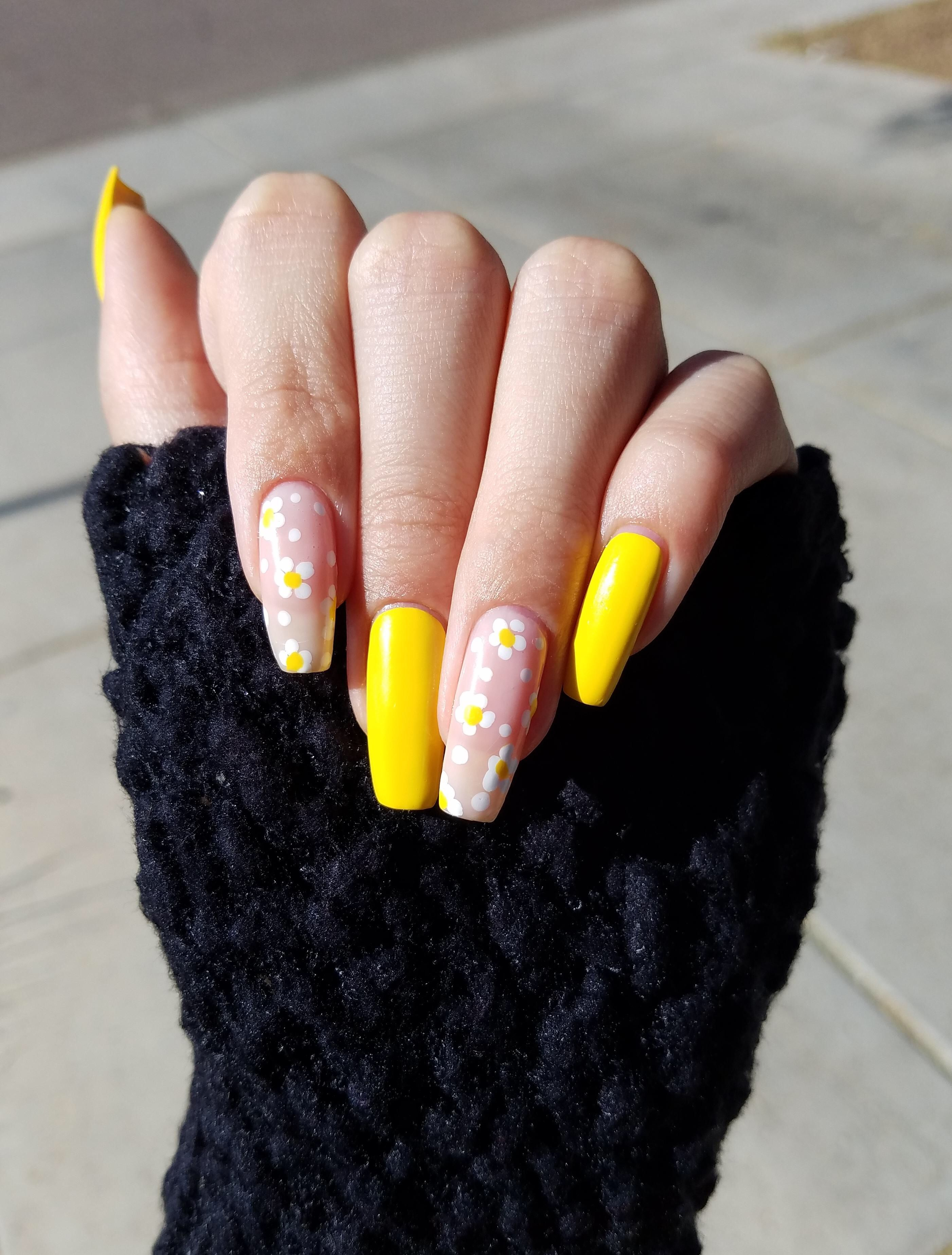 Pin by Stefanie Powers on nails. Fingerless, Arm warmers