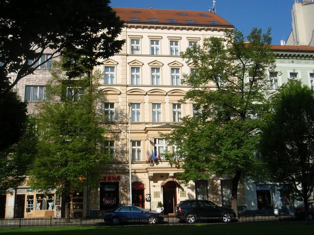Prague Tyl Hotel Czech Republic, Europe The 4-star Tyl Hotel offers comfort and convenience whether you're on business or holiday in Prague. Offering a variety of facilities and services, the hotel provides all you need for a good night's sleep. Take advantage of the hotel's free Wi-Fi in all rooms, 24-hour front desk, Wi-Fi in public areas, room service, airport transfer. Comfortable guestrooms ensure a good night's sleep with some rooms featuring facilities such as televisio...