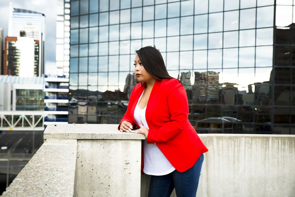 Urban Portrait Photography. Sue Moodie Photography. Downtown Calgary. Fashionista.